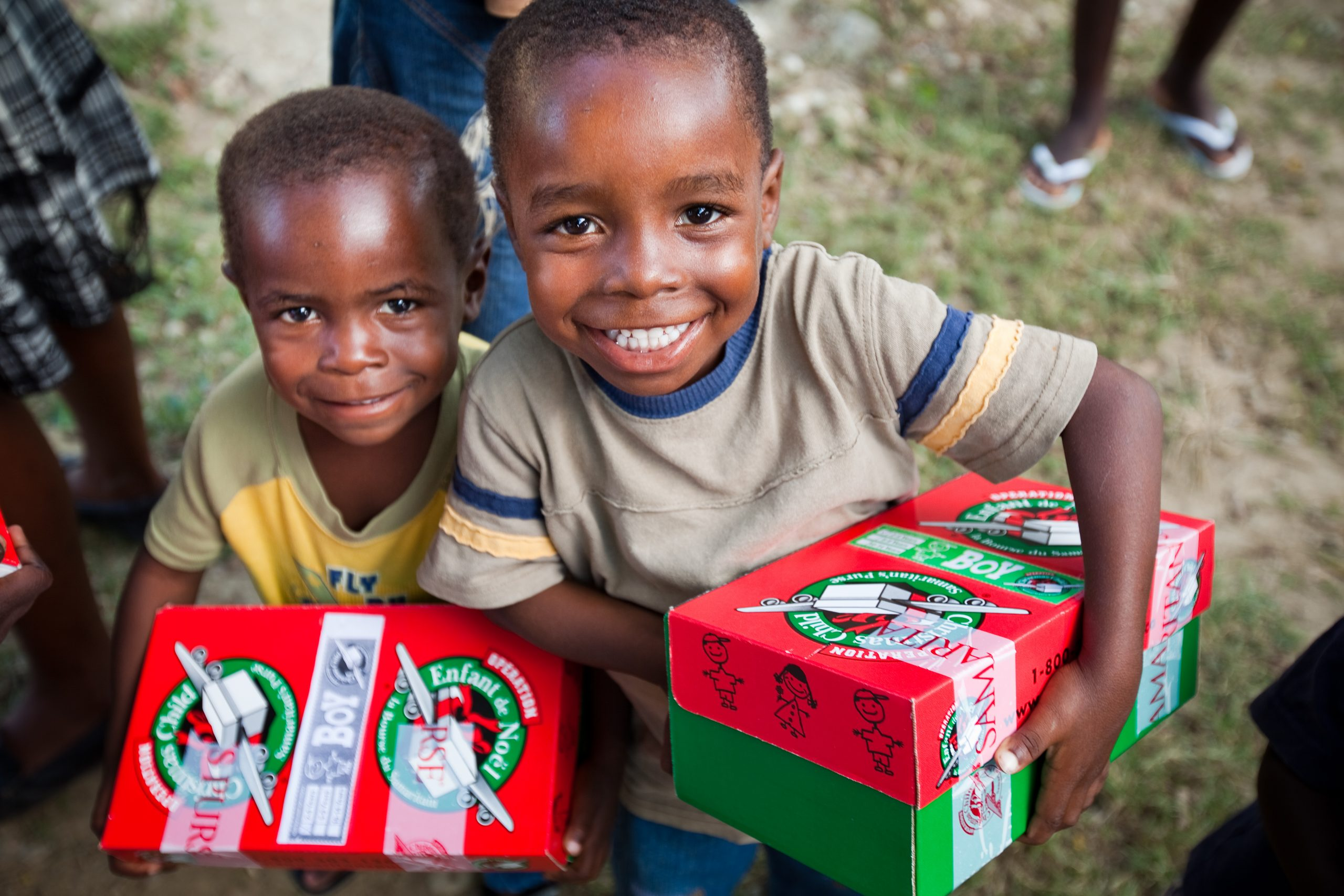 Christmas Shoebox.Operation Christmas Child Changing Lives One Shoebox At A Time